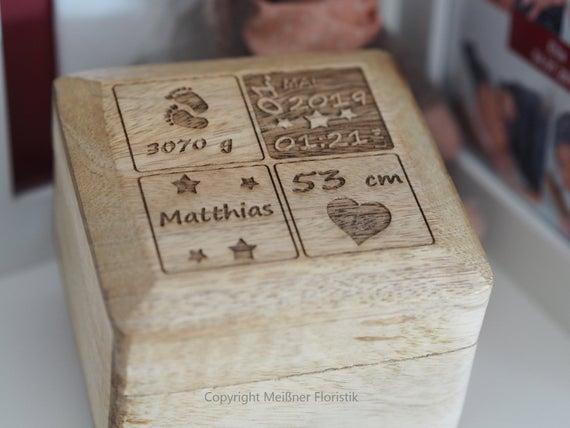 Personalisiertes Geschenk Zur Geburt Holzkästchen Mit Gravur Baby Geschenk Personalisiert